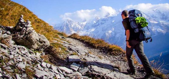 Randonnée en montagne : les équipements à avoir